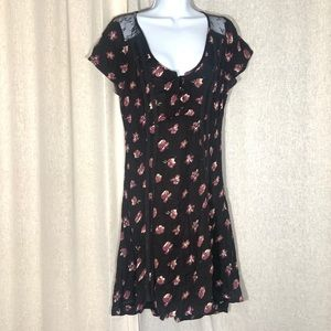 KIMCHI BLUE BUTTON FRONT HI LO FITTED DRESS